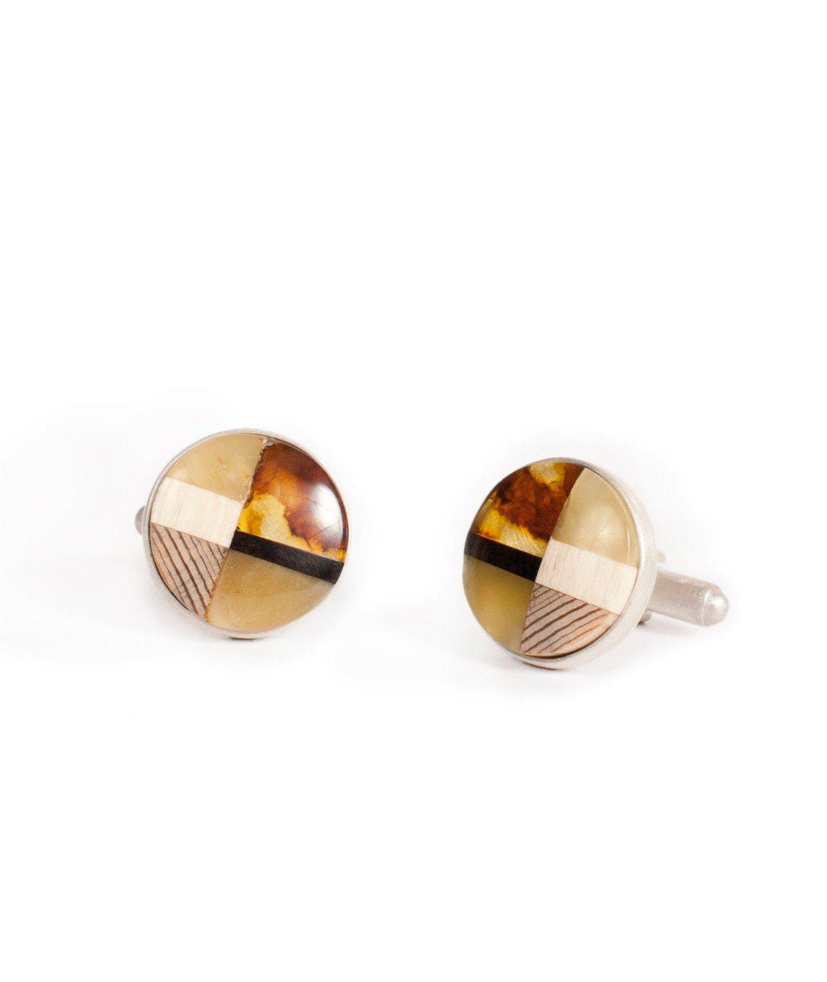 Cufflinks amber and wood